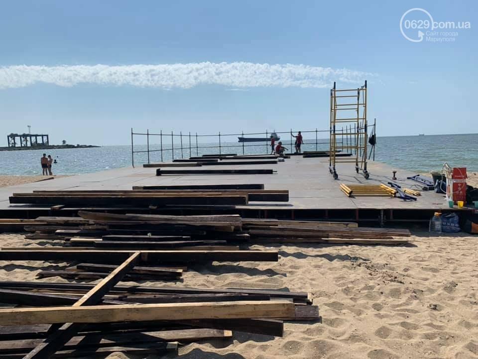 На мариупольском пляже началась подготовка к музыкальному фестивалю, - ФОТО, ВИДЕО, фото-1
