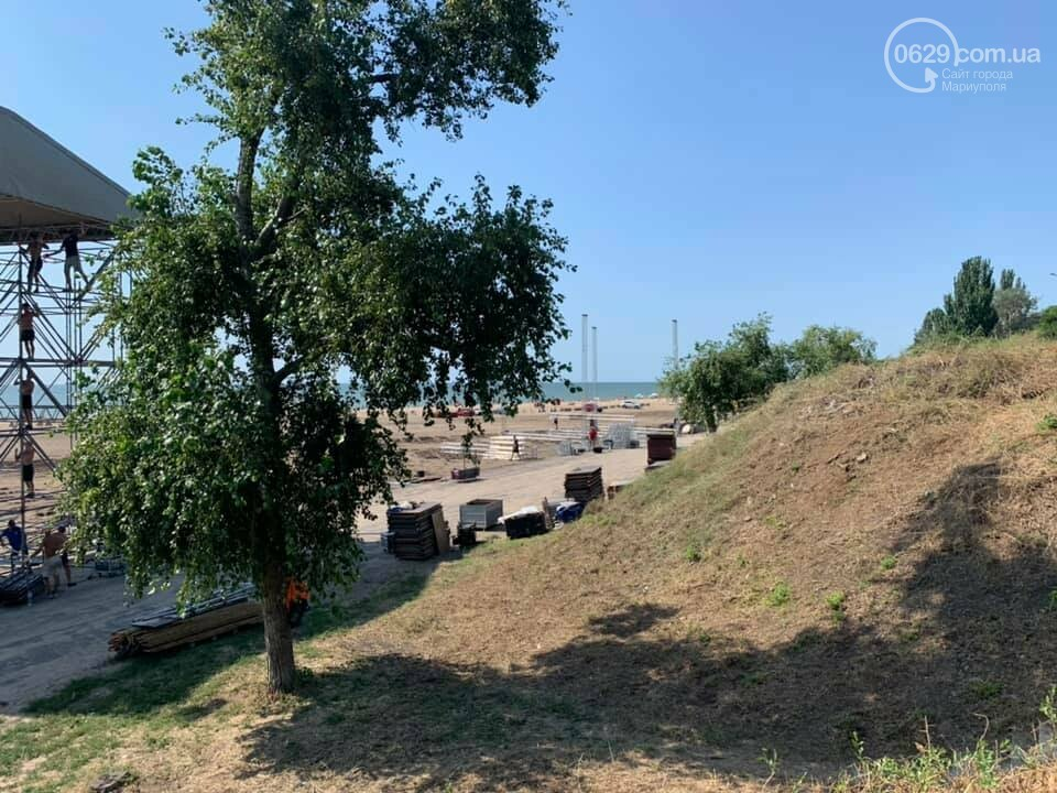 На мариупольском пляже началась подготовка к музыкальному фестивалю, - ФОТО, ВИДЕО, фото-7