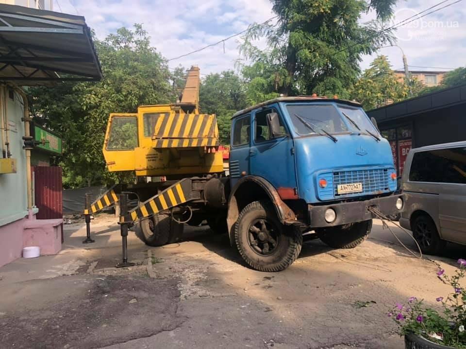 На улице Бахчиванджи со скандалом демонтировали киоск, - ФОТО, фото-3