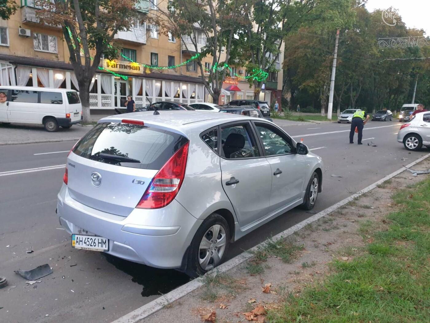 """В Мариуполе автомобиль """"Пежо"""" врезался в дерево, - ФОТО, фото-4"""