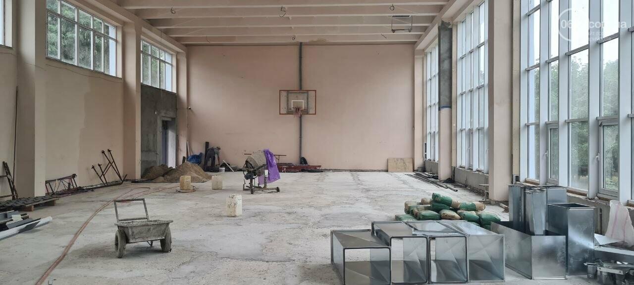 Туалеты с инсталляцией и новые столовые. Как в Мариуполе модернизируют старые школы, - ФОТОРЕПОРТАЖ, ВИДЕО, фото-15