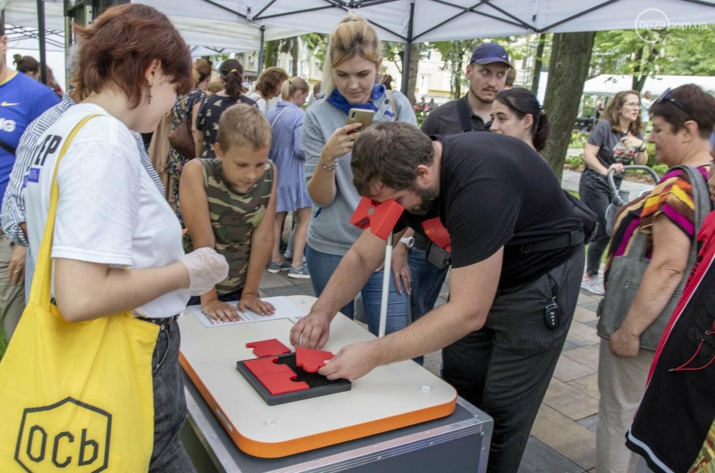 Как в Мариуполе склеивали страну. ФОТОРЕПОРТАЖ с фестиваля «З країни – в Україну», фото-12