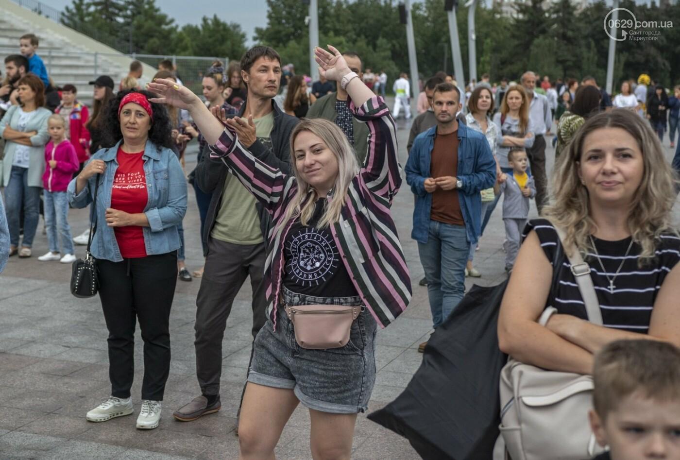 Как в Мариуполе склеивали страну. ФОТОРЕПОРТАЖ с фестиваля «З країни – в Україну», фото-47