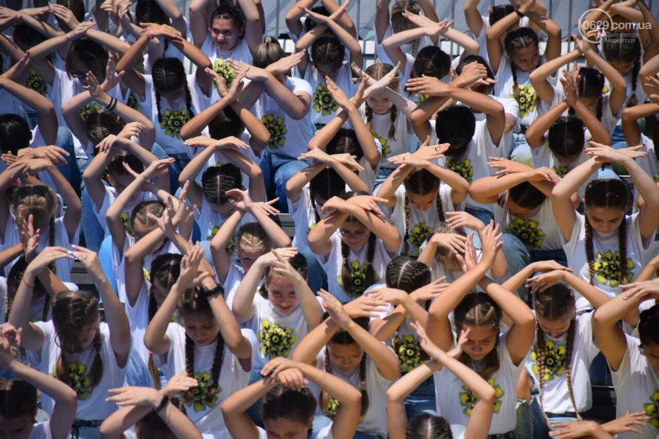 В Мариуполе провели необычный флешмоб ко Дню Независимости, - ФОТОРЕПОРТАЖ, ВИДЕО, фото-16