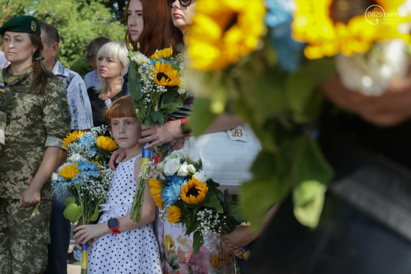 Общенациональная минута молчания. Как в Мариуполе почтили память защитников Украины, - ФОТОРЕПОРТАЖ, фото-12