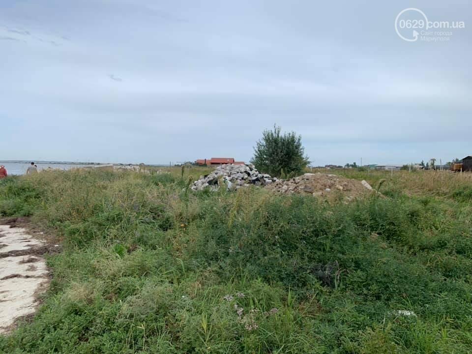 Зачем семья мариупольского предпринимателя завалила мусором берег Белосарайской косы, - ФОТО, фото-9