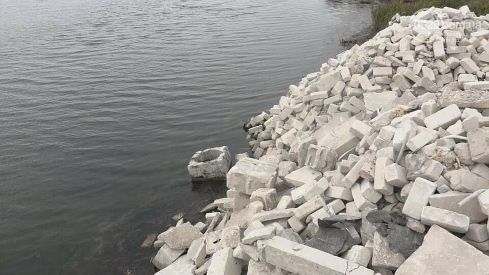 Зачем семья мариупольского предпринимателя завалила мусором берег Белосарайской косы, - ФОТО, фото-6