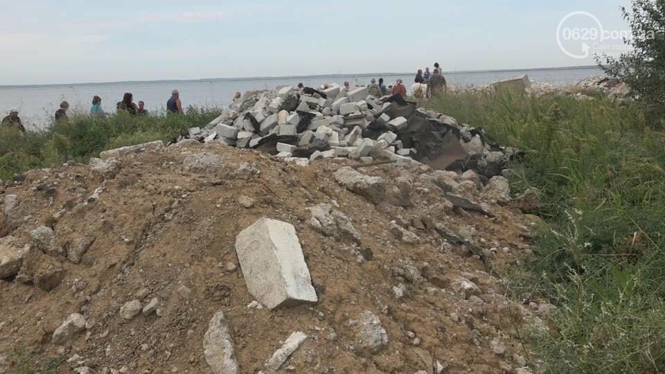 Зачем семья мариупольского предпринимателя завалила мусором берег Белосарайской косы, - ФОТО, фото-10