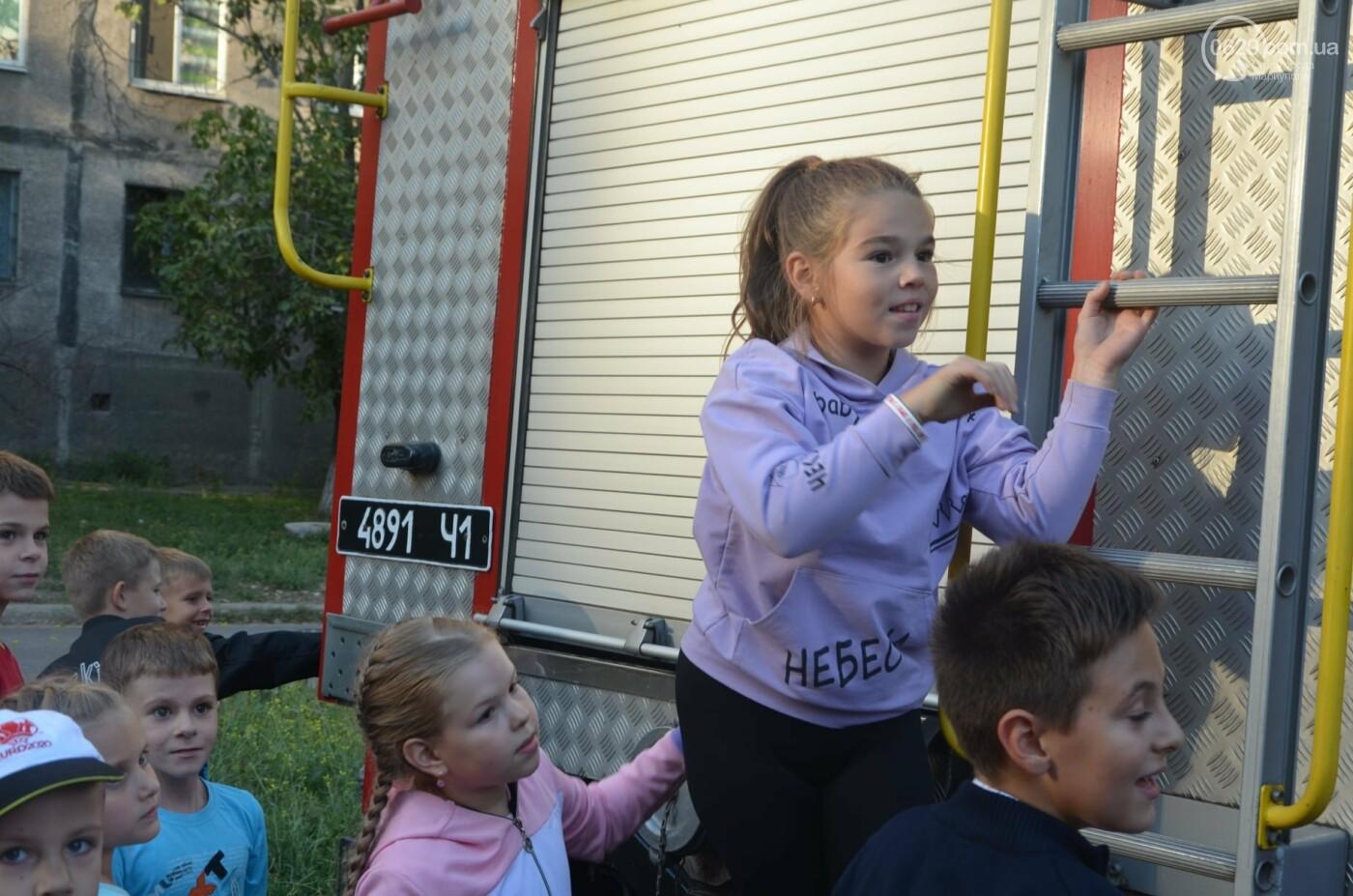 В Мариуполе отпраздновали День двора на пожарной машине, - ФОТО, фото-7