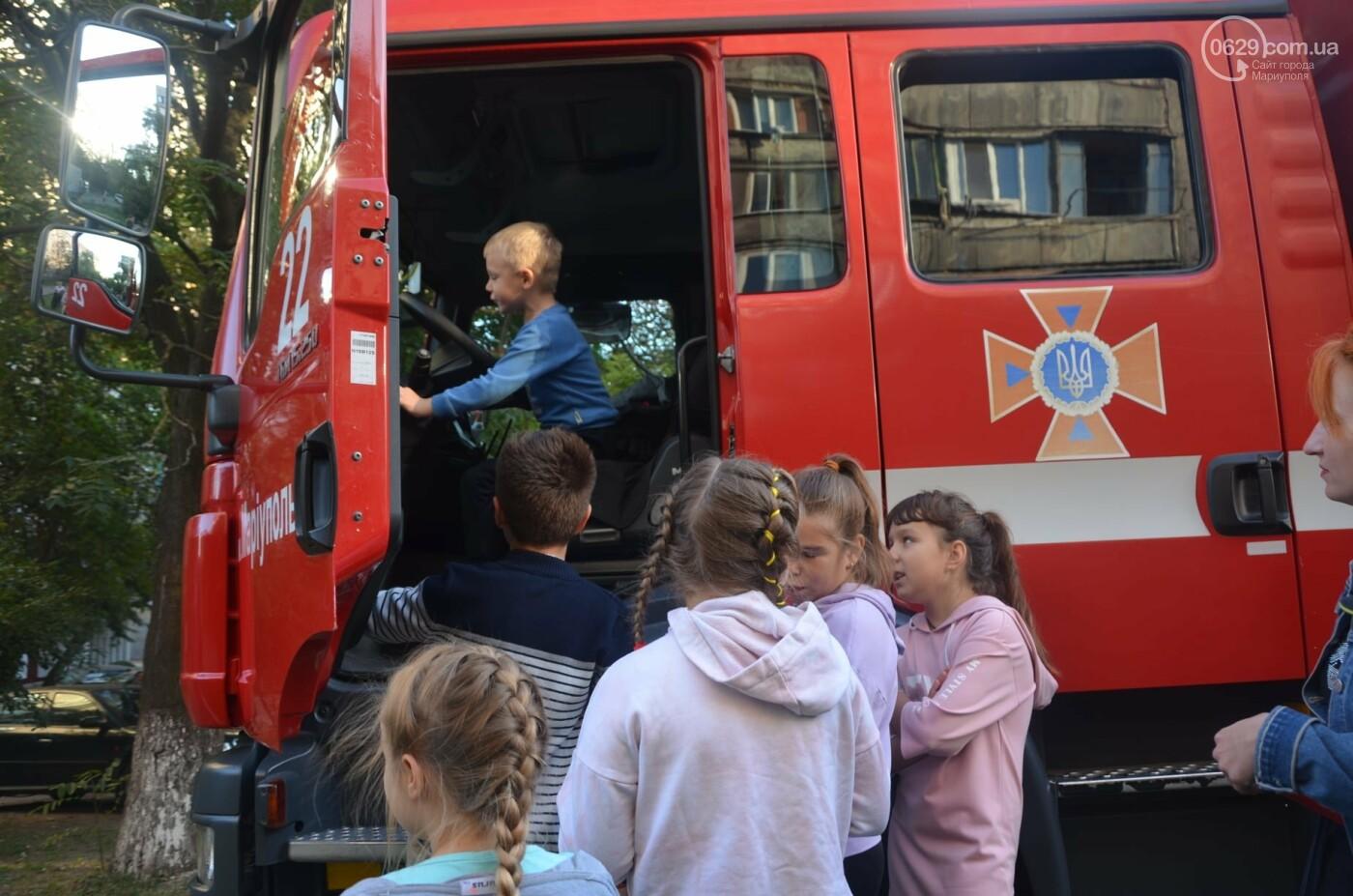 В Мариуполе отпраздновали День двора на пожарной машине, - ФОТО, фото-15