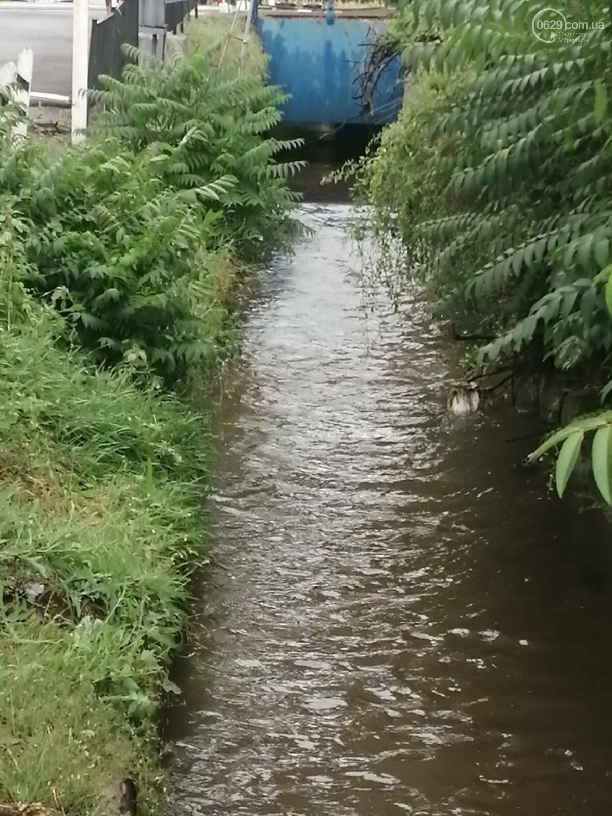 Как в Мариуполе откачивали воду из ливневок, - ФОТО, фото-2