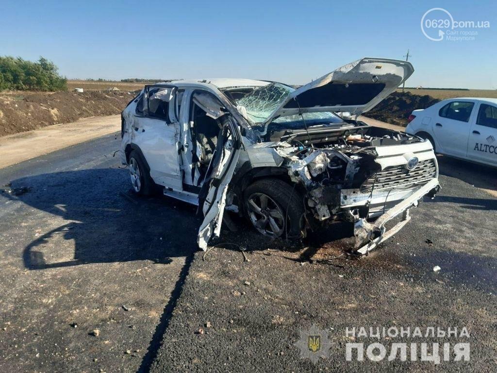 Смертельная авария: под Мариуполем перевернулся внедорожник «Toyota Rav4», - ФОТО, ВИДЕО, фото-1