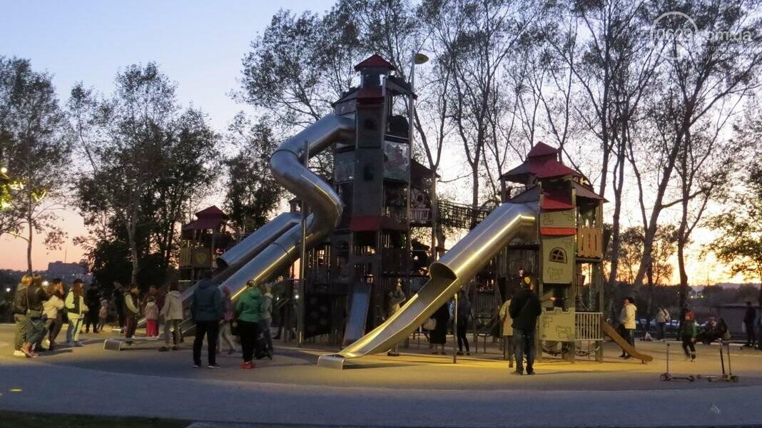 В Мариуполе в парке Гурова на детской площадке травмировался ребенок, - ФОТО, фото-13