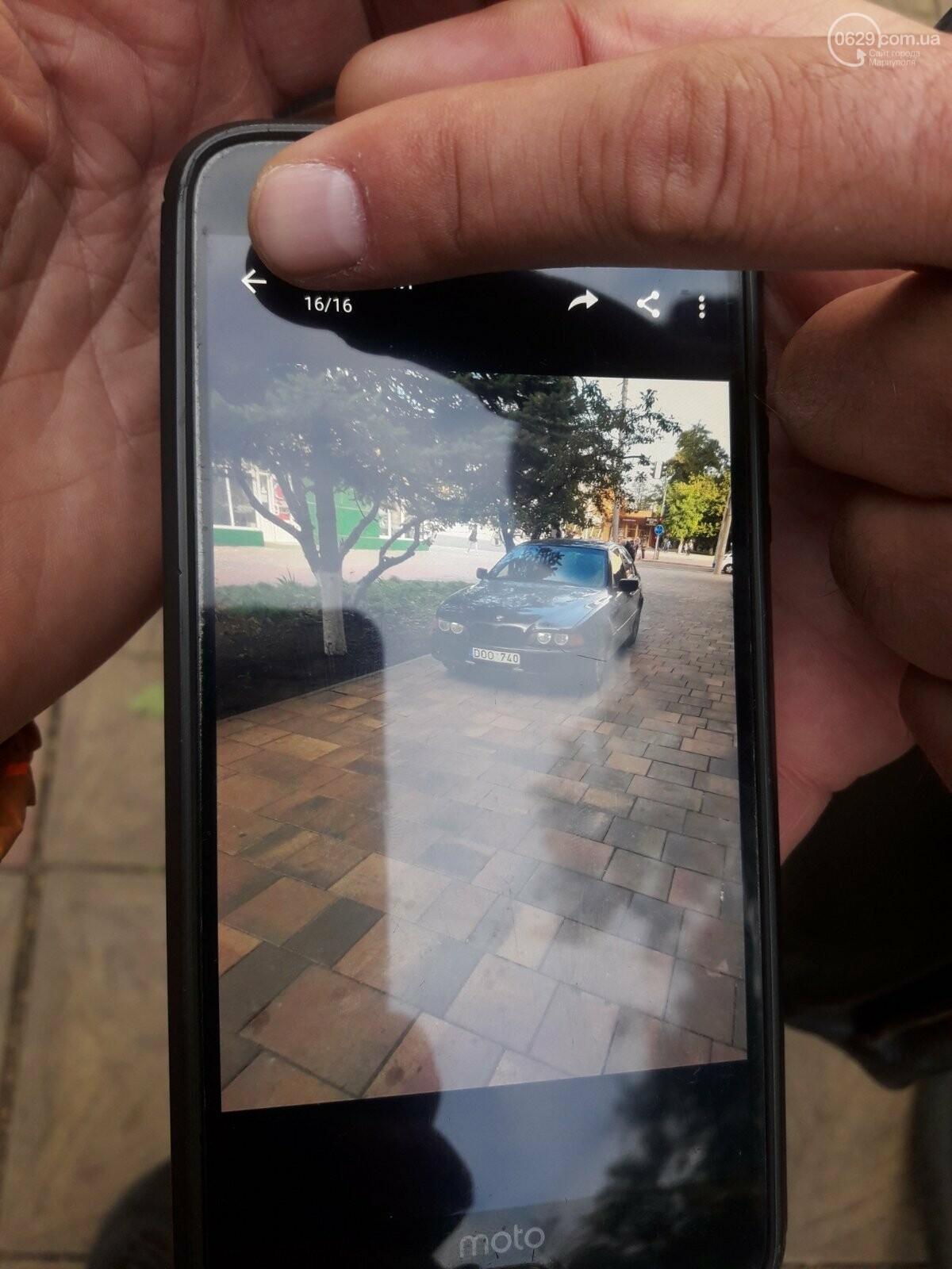 """В Мариуполе BMW """"обнял"""" столб. Пострадавший водитель сбежал из больницы, - ФОТО, фото-1"""