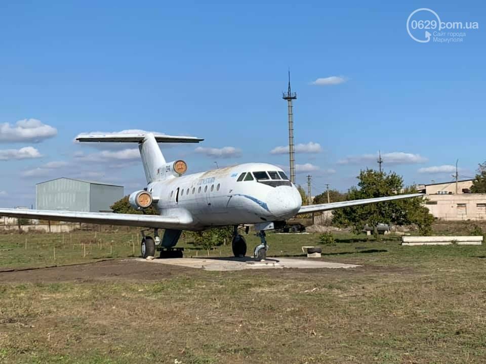 Прилетел или нет? Как самолет ЯК-40 оказался на Левобережье, - ФОТО, фото-1
