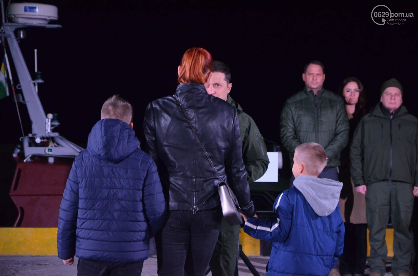 В Мариуполе Владимир Зеленский поздравил защитников и защитниц Украины,- ФОТО, ВИДЕО, фото-4