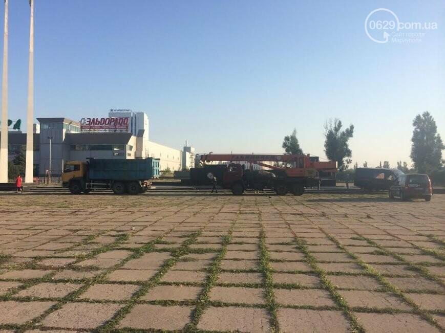 Мариуполь остался без главного Ленина