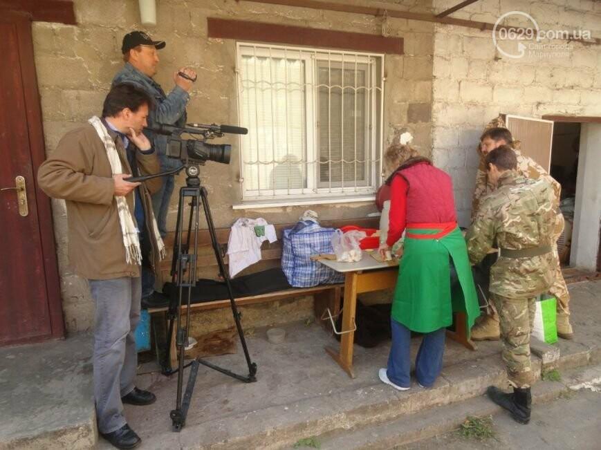 Французский кинорежиссер снимает в Мариуполе фильм об АТО (фото)