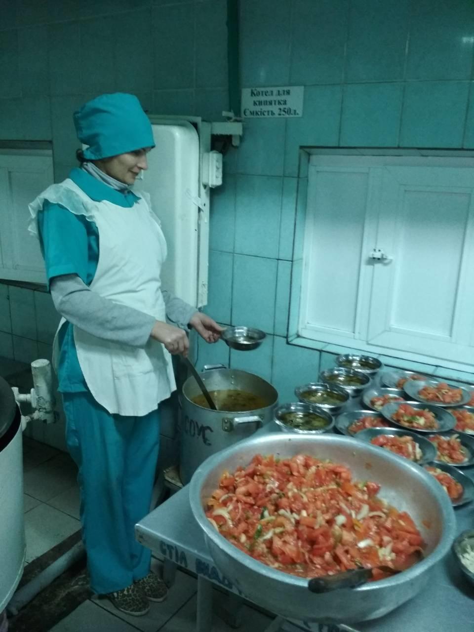 В Приазовской колонии угостили заключенных крещенским обедом (ФОТО), фото-3