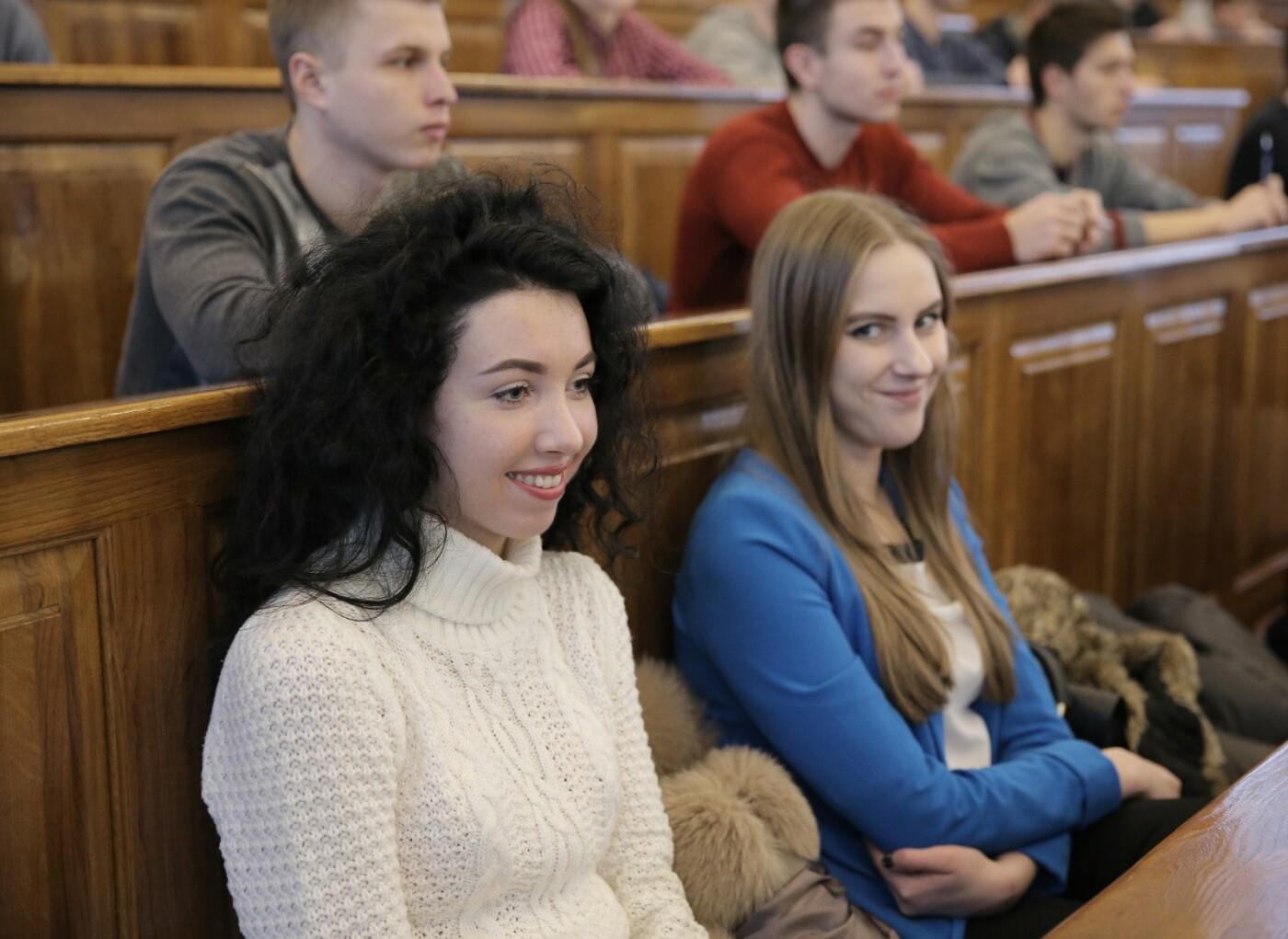 Студенты Донеччины продолжают борьбу в проекте «Авиатор» и поездку в Лондон, фото-1