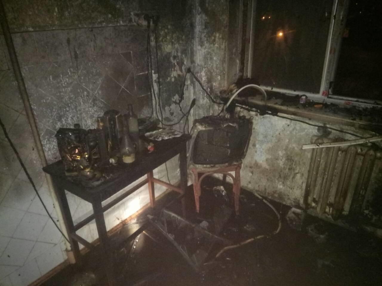 В Мариуполе из-за пожара на кухне пострадал мужчина (ФОТО), фото-2