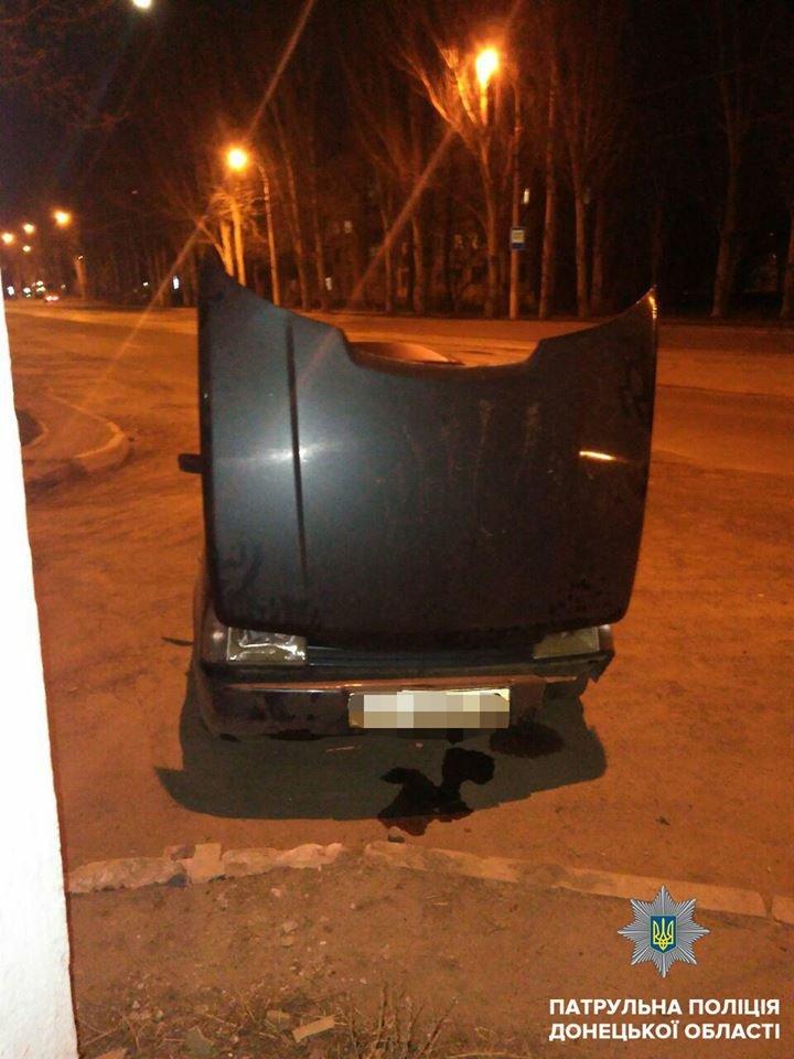 В Мариуполе в выходные пьяные водители устроили три ДТП (ФОТО), фото-1