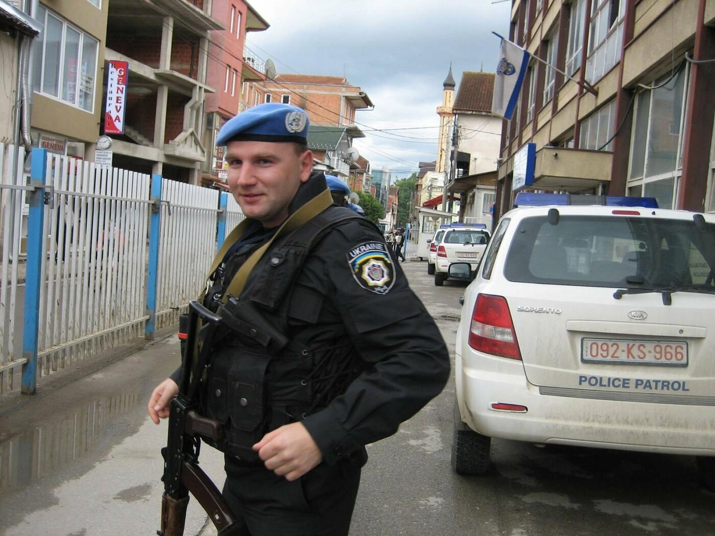 Миротворец погиб при обстреле автоколонны вблизи Мариуполя (ФОТО), фото-3