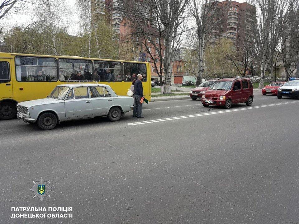 В Мариуполе пьяный водитель врезался в столб и напал на полицейских (ФОТО), фото-2