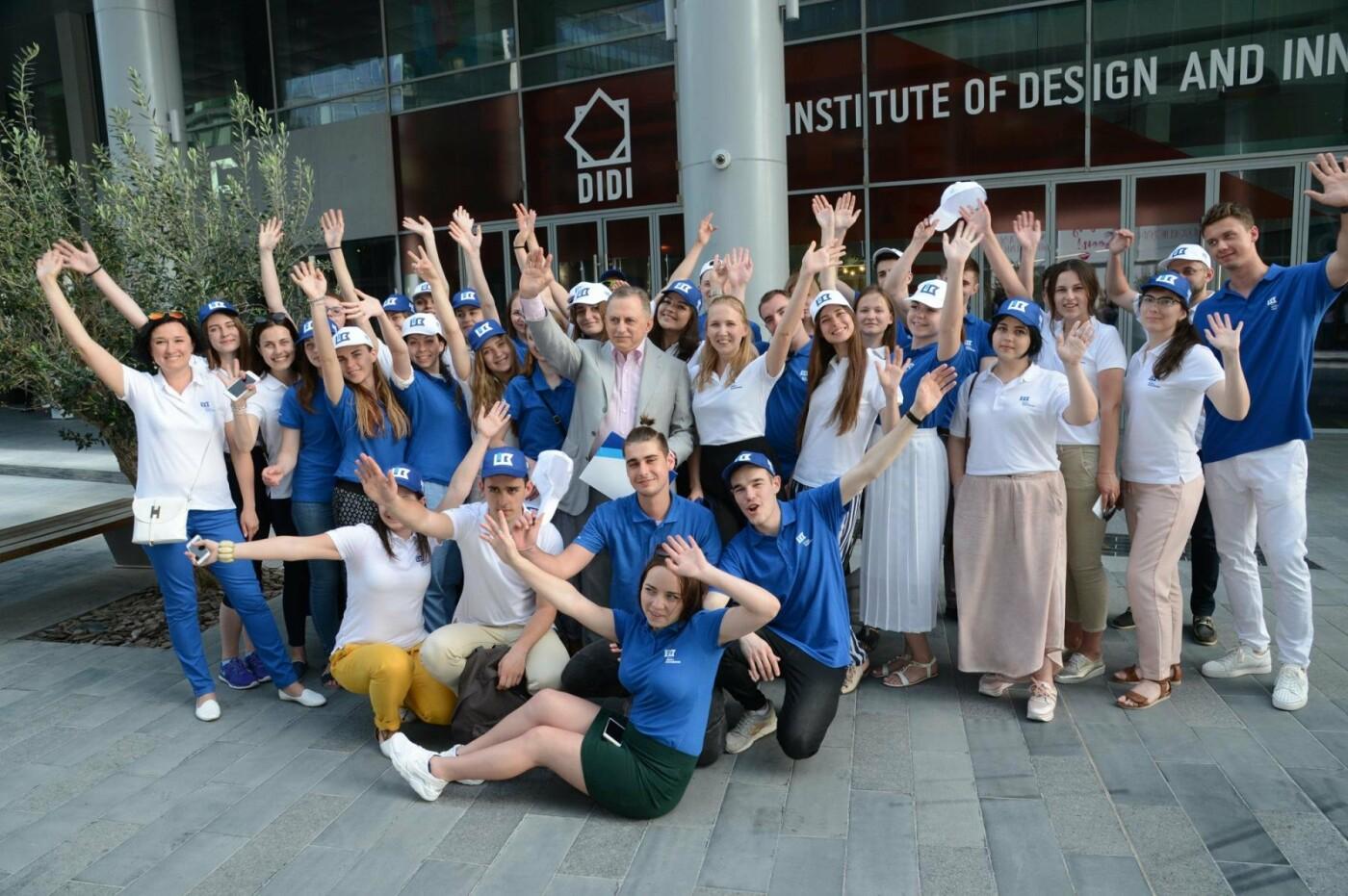 Студенты Донецкой области отправились изучать архитектуру в Дубай, фото-2