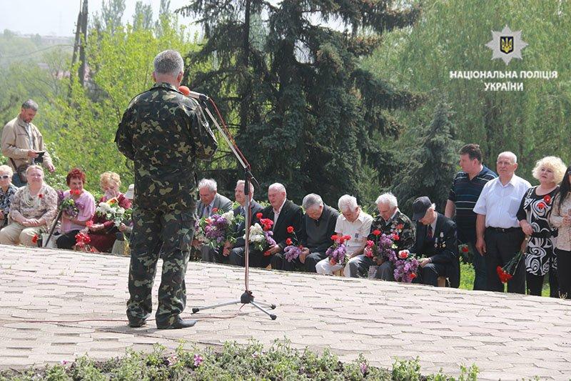 В Мариуполе почтили память погибших во Второй мировой войне (ФОТО), фото-8