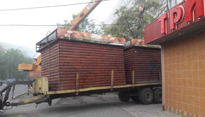 В Левобережном районе демонтировали два хлебных МАФа, - ФОТО, фото-1