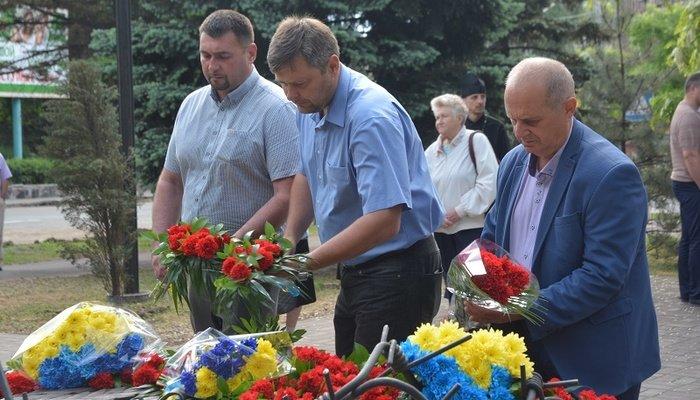 Мариупольцы почтили память жертв политических репрессий, - ФОТО, фото-2
