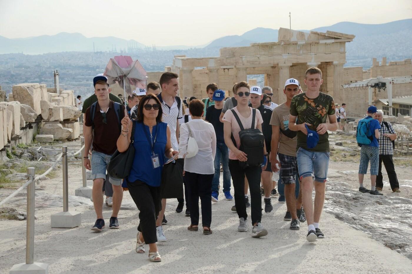 Борис Колесников показал студентам Мариуполя выставку Posidonia в Греции, фото-2