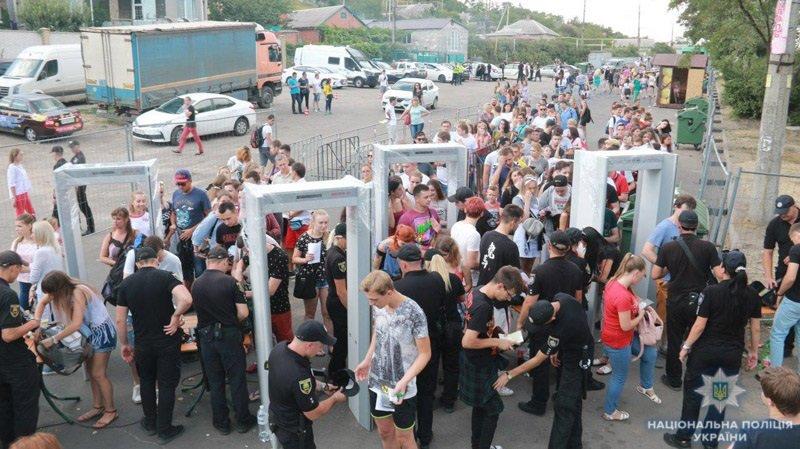 На мариупольский музыкальный фестиваль пытались пронести наркотики, - Дополнено, ФОТО, ВИДЕО, фото-4