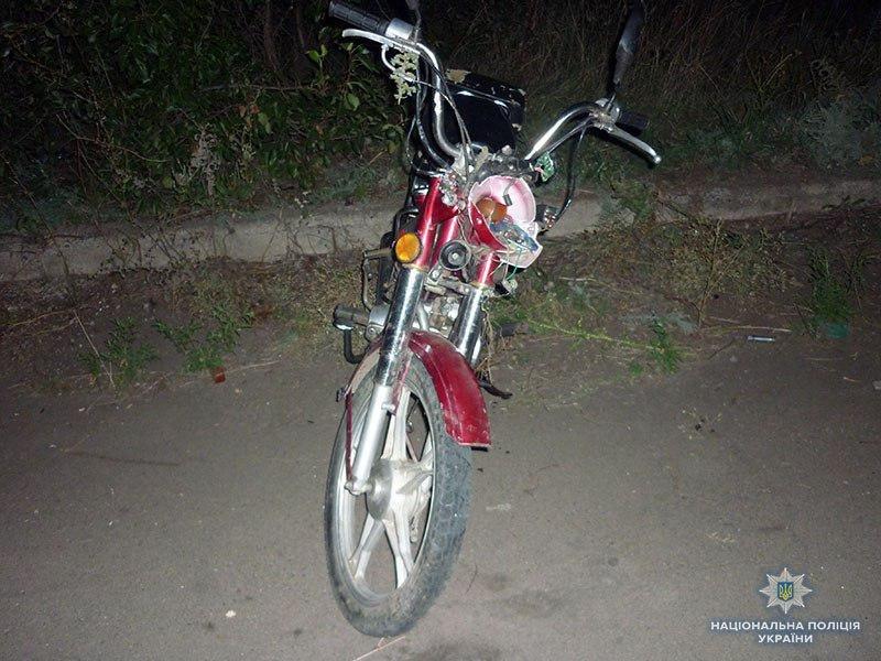 Под Мариуполем несовершеннолетний на мопеде сбил коляску с младенцем, - ФОТО, фото-1