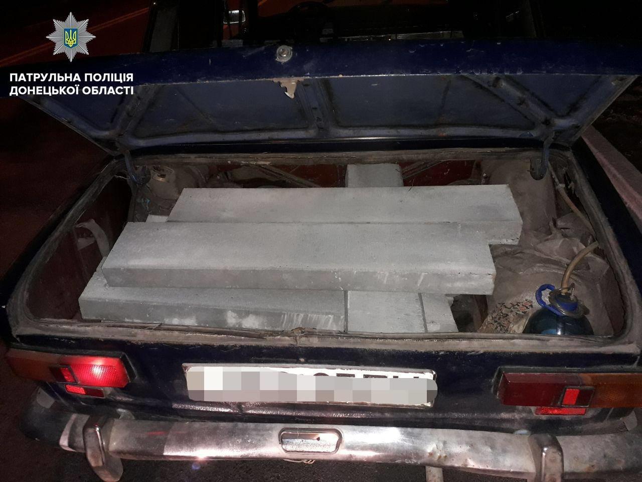 Патрульные задержали мариупольца, который пытался украсть новые бордюры, - ФОТО, фото-3