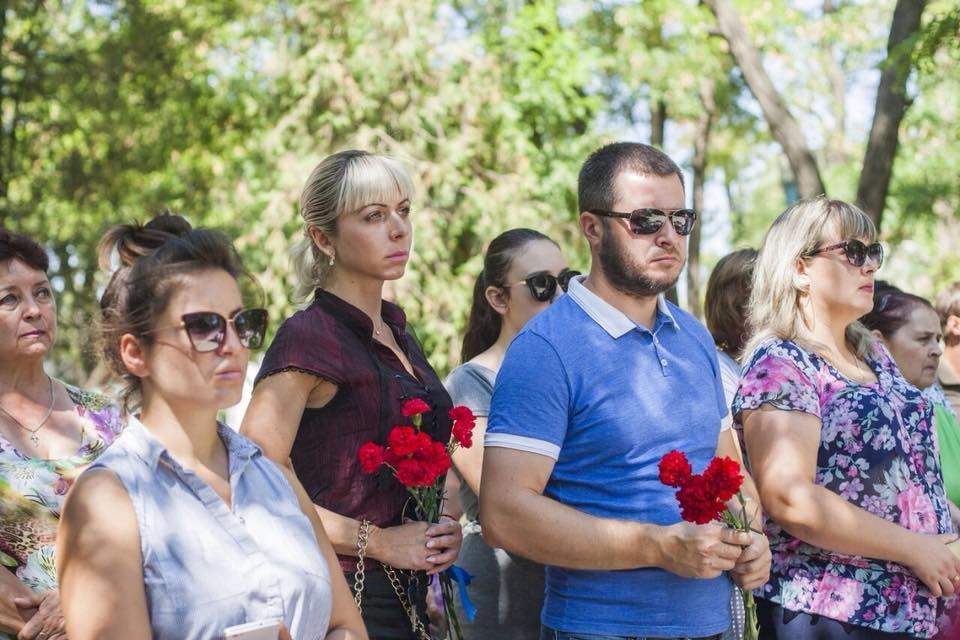 Три года трагедии. В Сартане почтили память погибших местных жителей, - ФОТО, фото-1