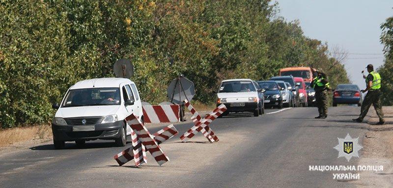 Прорыв автомобиля через блок-пост. В Мариуполе полицейские провели учения, - ФОТО, фото-9