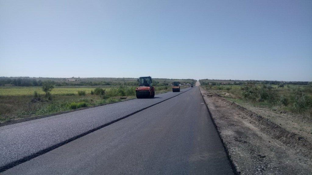 В Запорожской области ремонтируют трассу на Мариуполь, - ФОТО, фото-2