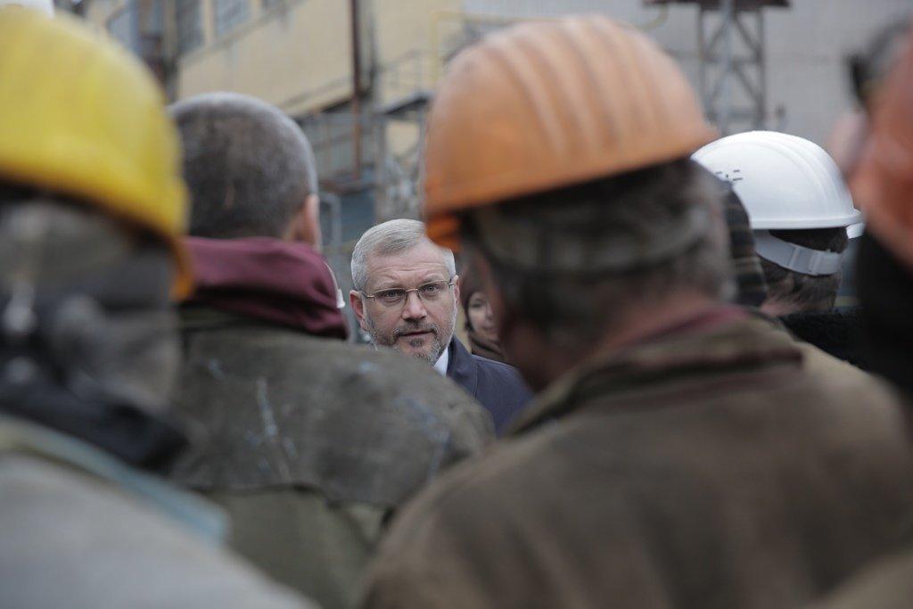 Вилкул: Нынешнее руководство страны выдавливает украинцев заграницу, а я хочу обеспечить людей достойной работой и зарплатой на родине, фото-2