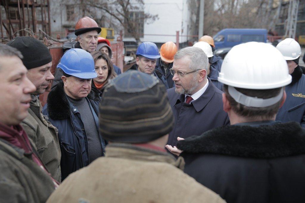 Вилкул: Нынешнее руководство страны выдавливает украинцев заграницу, а я хочу обеспечить людей достойной работой и зарплатой на родине, фото-3