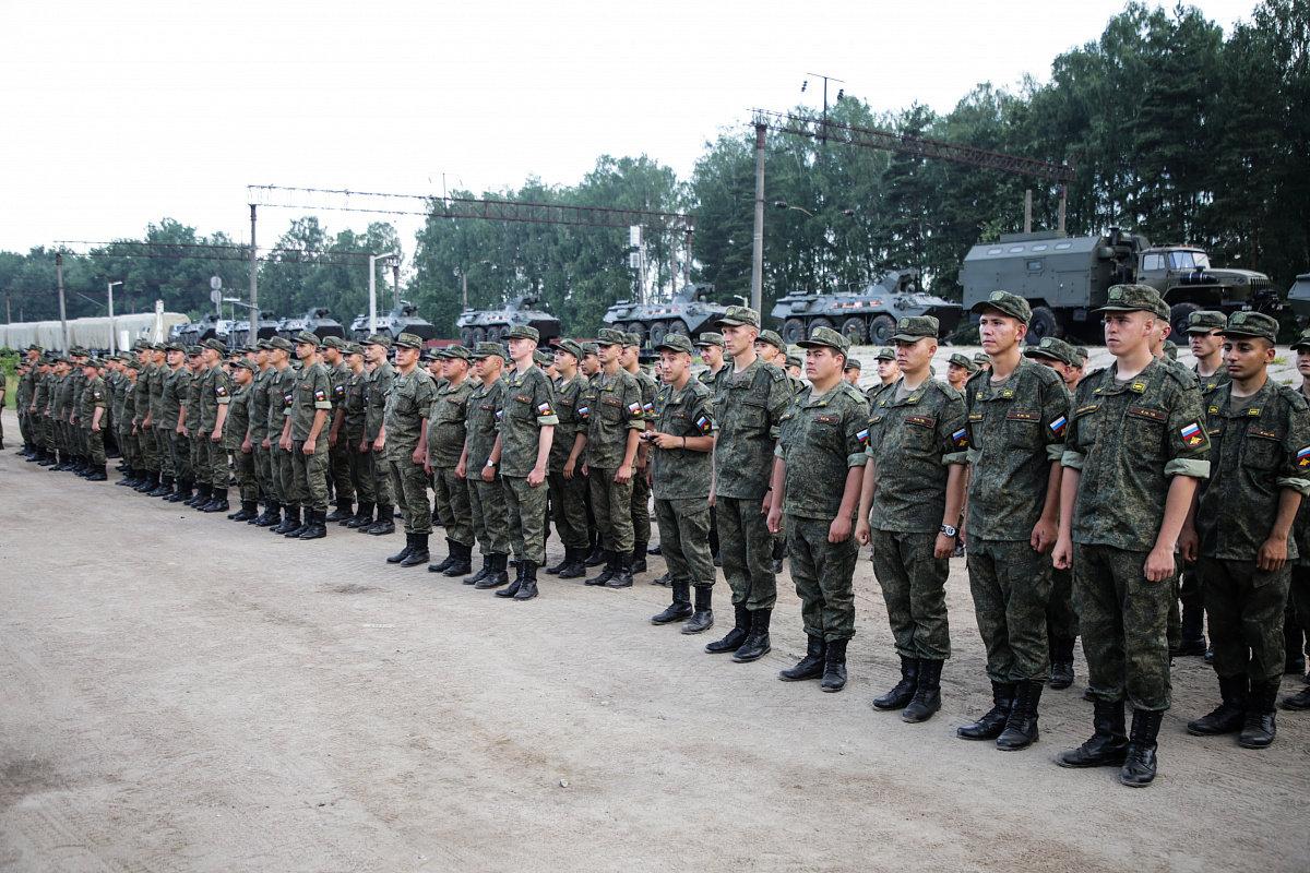 По Минску прошагают россияне, обстрелявшие Мариуполь, - ФОТО, фото-2