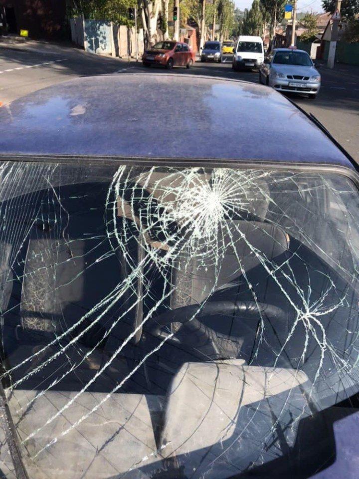 В Мариуполе в аварии пострадали три человека, - ФОТО, фото-1