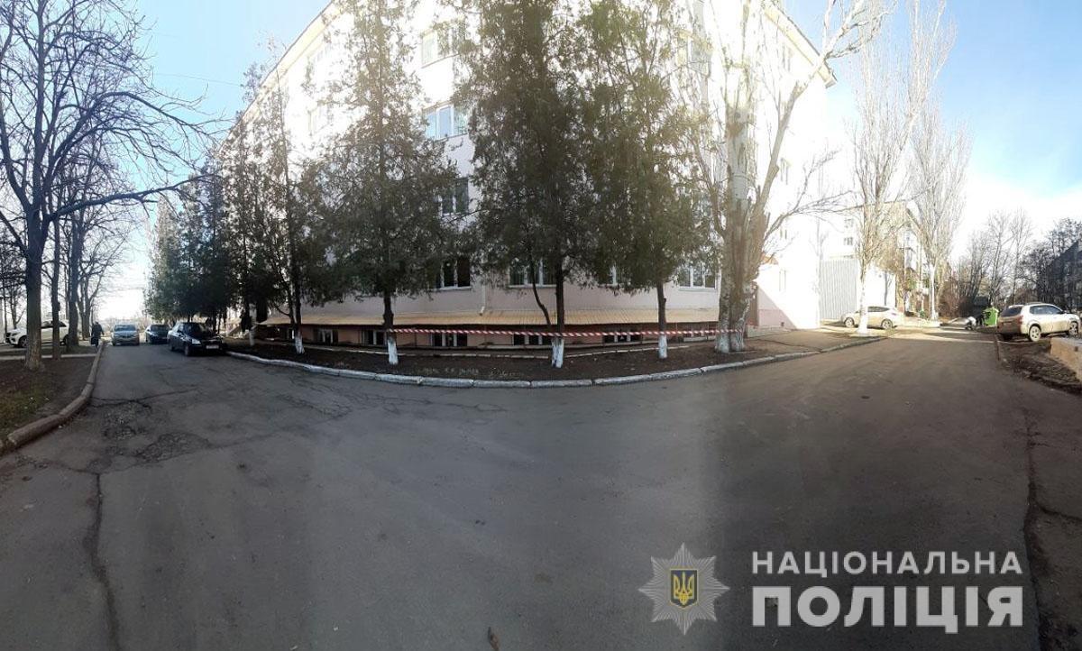 Под общежитием АМИ ОНМА обнаружен труп студента, - ДОПОЛНЕНО, фото-1