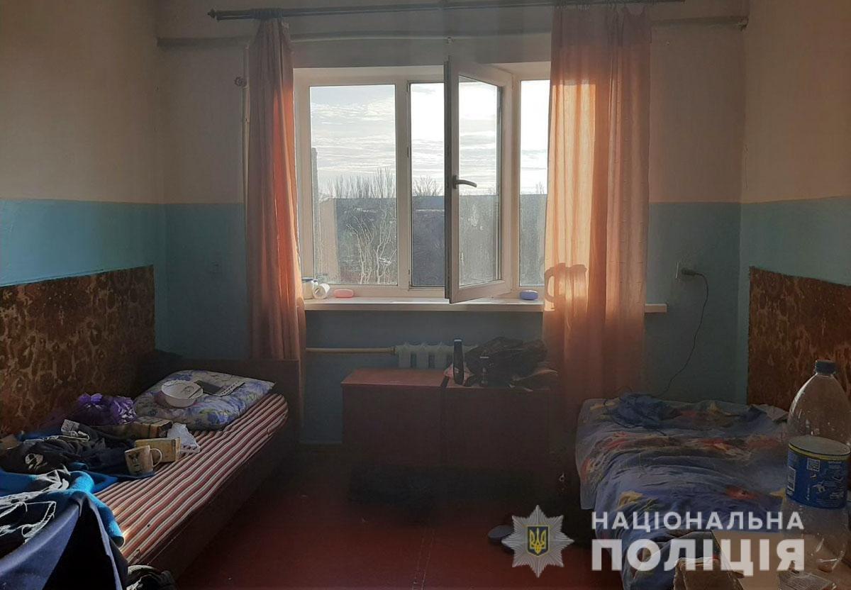 Под общежитием АМИ ОНМА обнаружен труп студента, - ДОПОЛНЕНО, фото-2