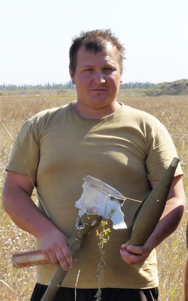 Снайпер боевиков убил бойца Мариупольской бригады Василия Муху, - ФОТО, фото-1