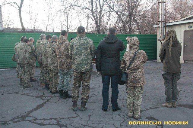 Мариуполь попрощался с погибшим бойцом Николаем Сорочуком, - ФОТО, фото-1