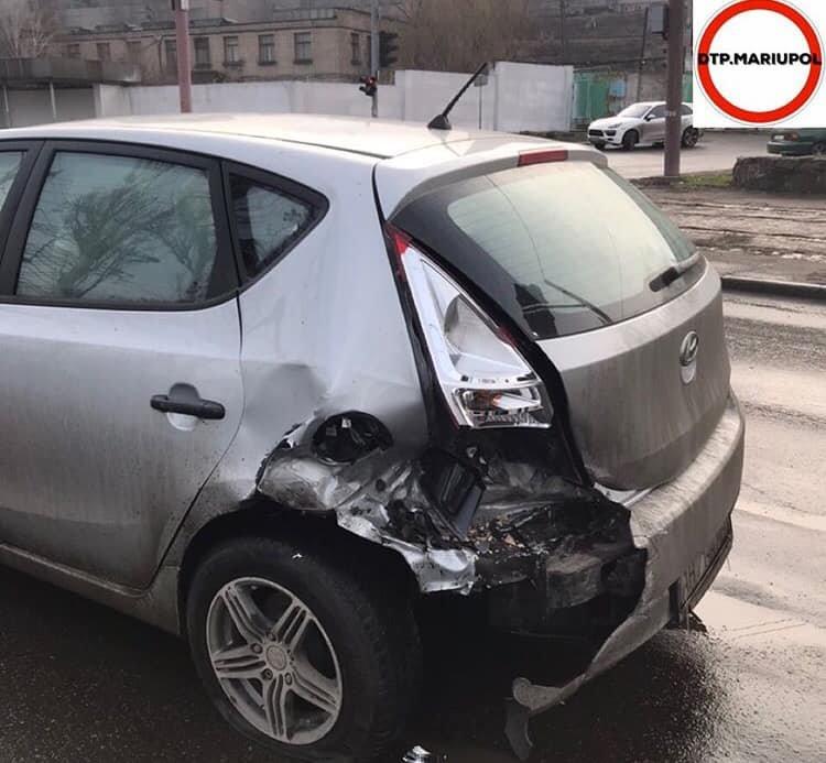 На Набережной в аварию попали две легковушки, - ФОТО, фото-3