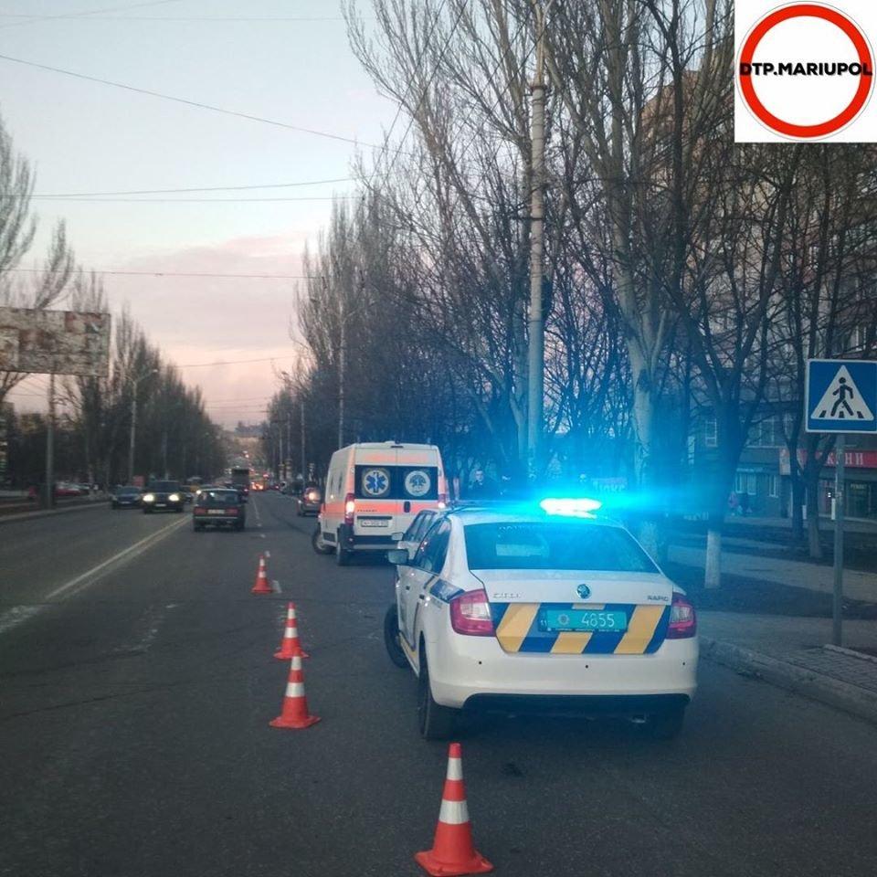 В Мариуполе автомобиль сбил женщину, - ФОТО, фото-2