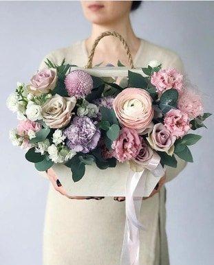 Где можно заказать красивый букет цветов к 8 марта? , фото-9